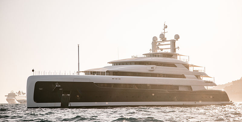 Illusion Plus yacht in Monaco