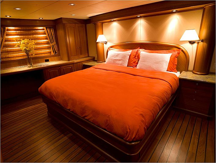 Heaven's Gate yacht stateroom