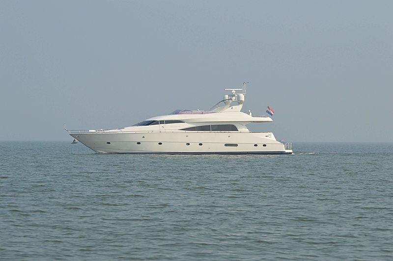 L'INGRASSATORE DUE yacht Mochi Craft