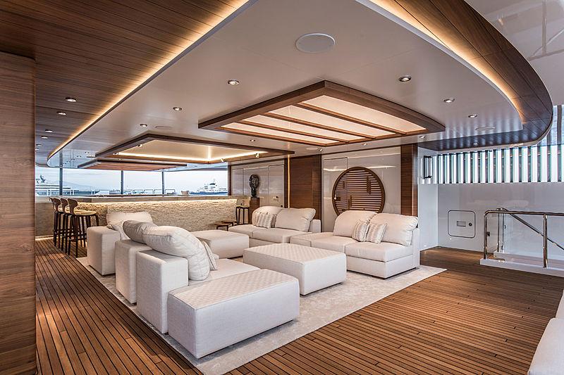 Admiral yacht Life Saga interior