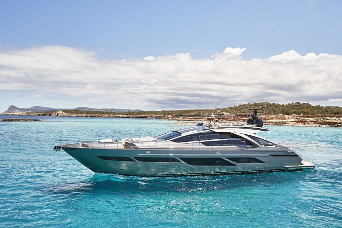 BALOO III yacht Pershing