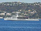 Bold yacht leaving Juan-les-Pins
