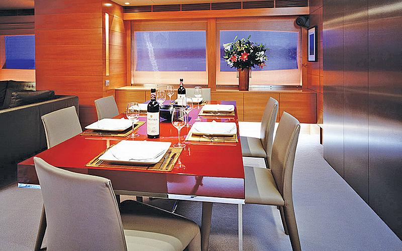 Phoenix yacht dining