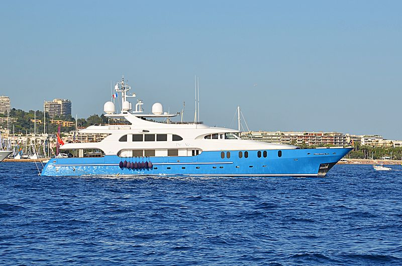 Dr. No No yacht anchored off Cannes