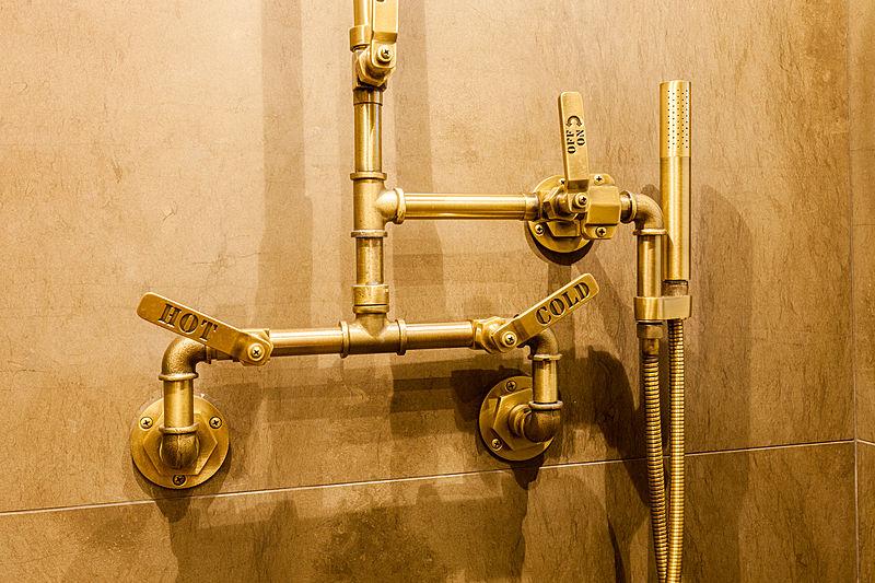 Acala yacht bathroom