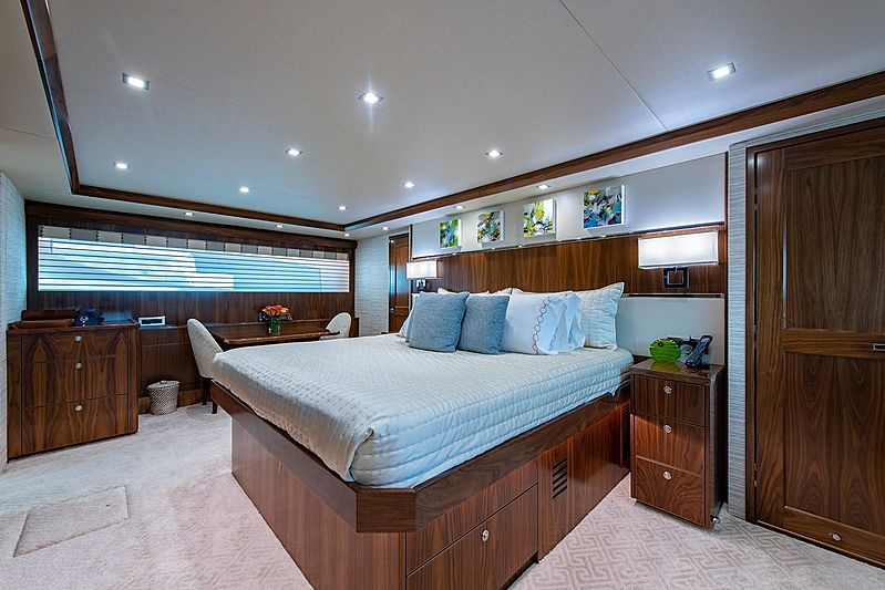 Book Ends yacht stateroom