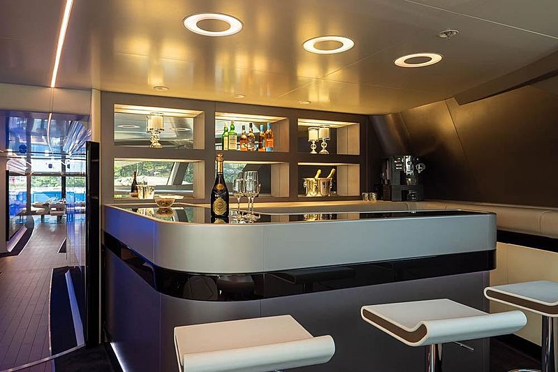 Royal Falcon One  yacht bar