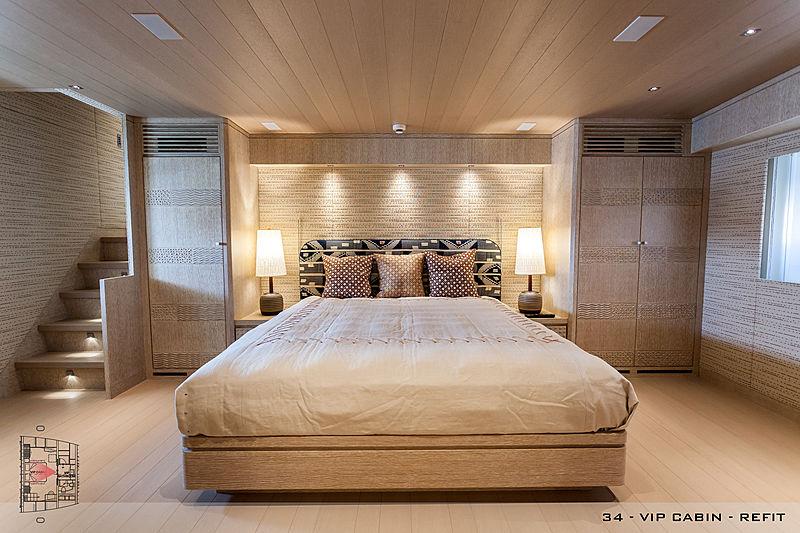 A2 yacht interior
