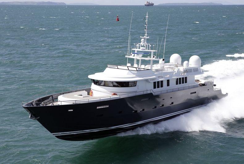 ERMIS2 yacht McMullen & Wing
