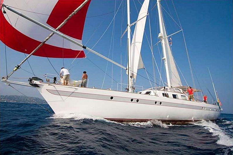 DAMES DES TROPIQUES yacht Cantiere Navale Crotone (CNC)