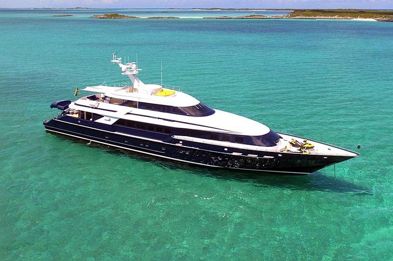 OCTOPUSSY  yacht Heesen
