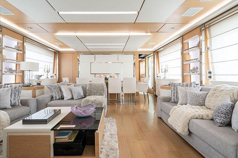 Princeville yacht saloon