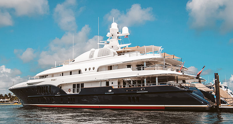 Superyachts at FLIBS 2019