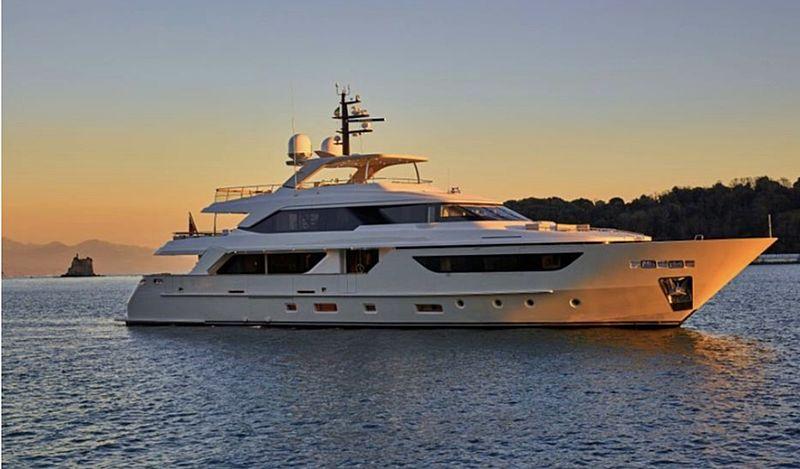 Ruscello yacht cruising