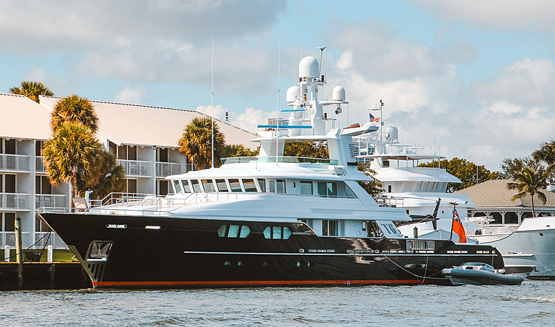 T6 yacht in Fort Lauderdale