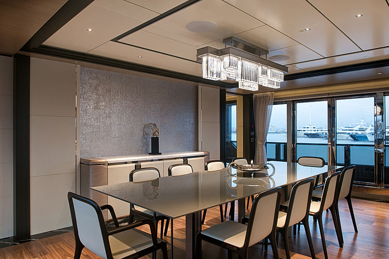 Virtus yacht dining space