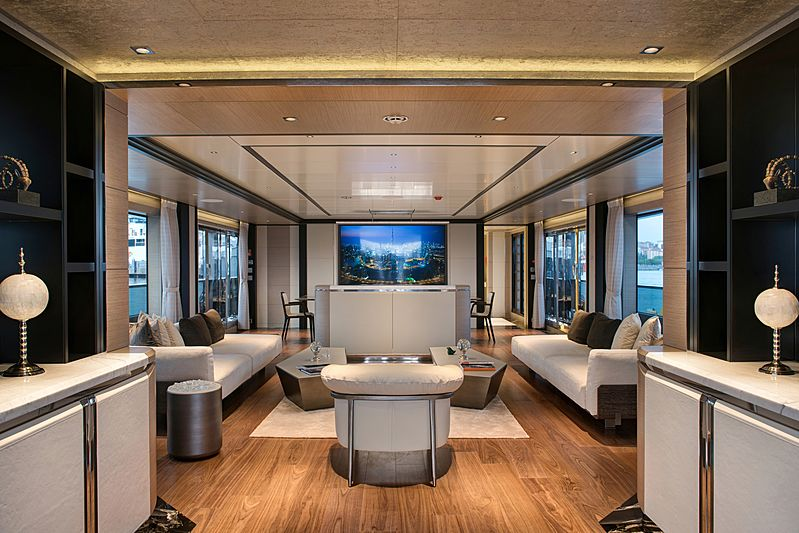Virtus yacht main saloon