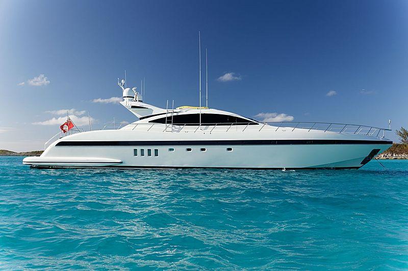 EVA yacht Overmarine