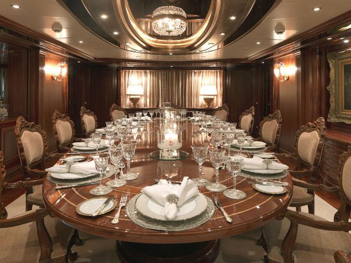 Apogee dining room