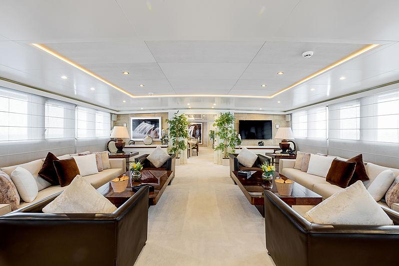 Adamas II yacht main saloon