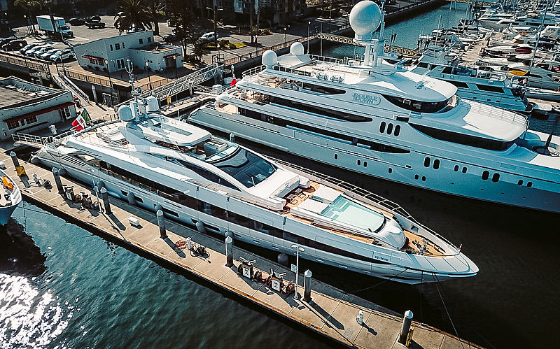 El Leon yacht by Overmarine in Los Angeles