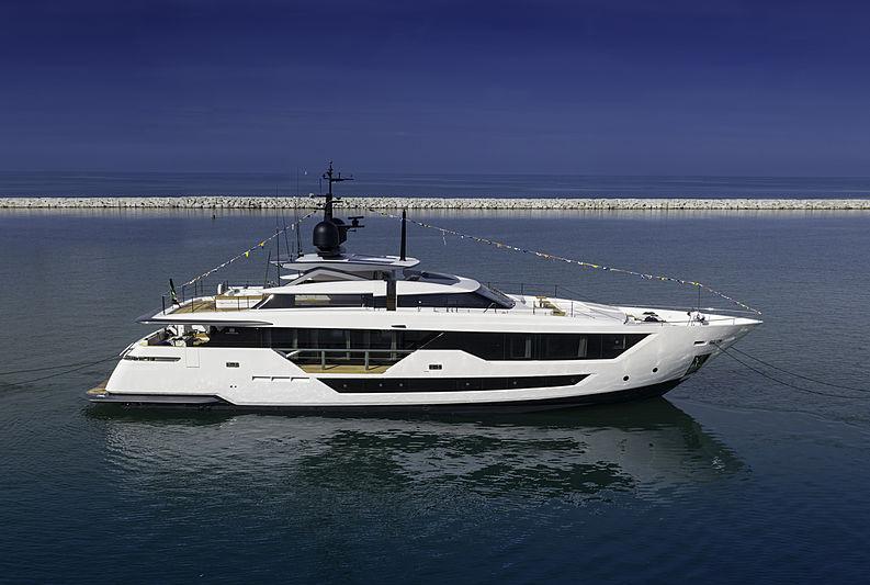 Jag'B yacht launch
