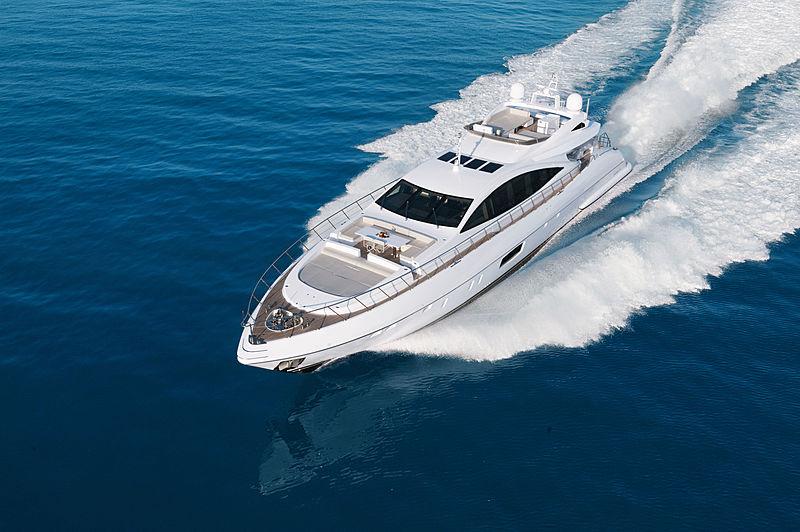 Mangusta 110/05 cruising
