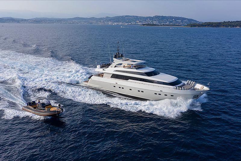 PANTHOURS yacht Sanlorenzo