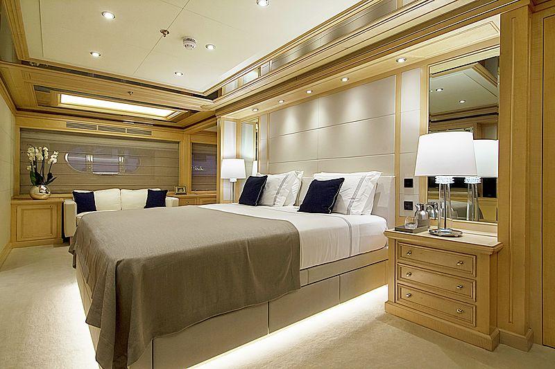 Invader yacht stateroom