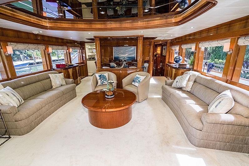 Illusion yacht saloon