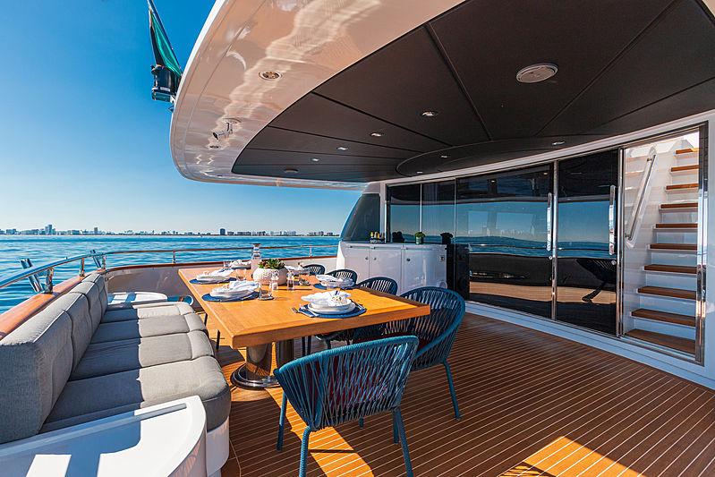 Double E yacht aft main deck