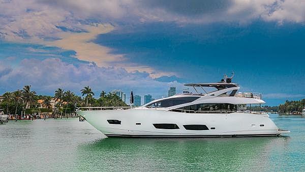 FUTURE yacht Sunseeker