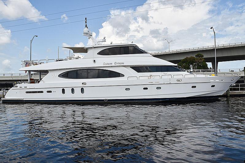 Ossum Dream yacht in marina