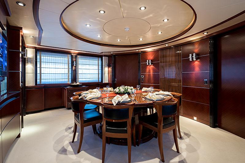 Magenta M yacht dining room