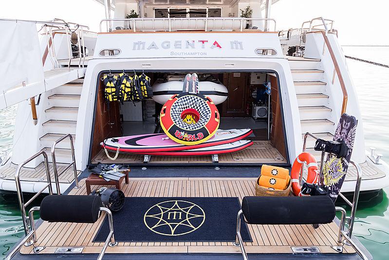 Magenta M yacht beach club
