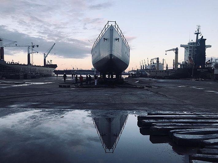 Perini Navi E-Volution 42/02 yacht hull launch in Yildiz Tuzla