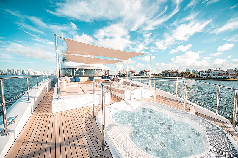 Perla yacht jacuzzi on foredeck