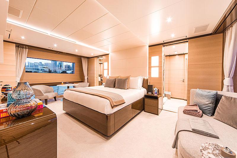 Perla yacht stateroom