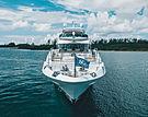 Perla yacht bow