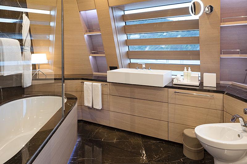 Bold yacht bathroom