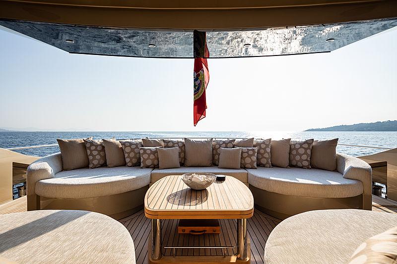Hokulani yacht aft deck