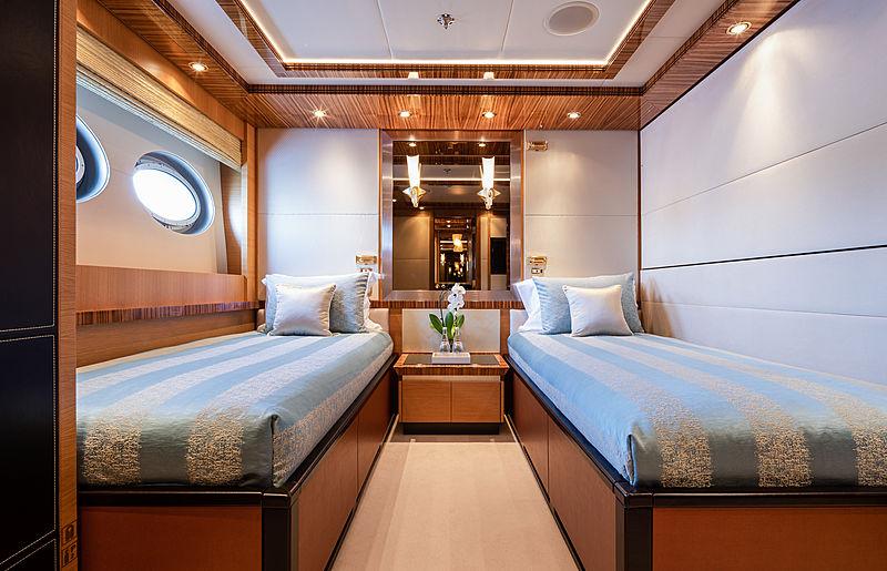 Hokulani yacht stateroom