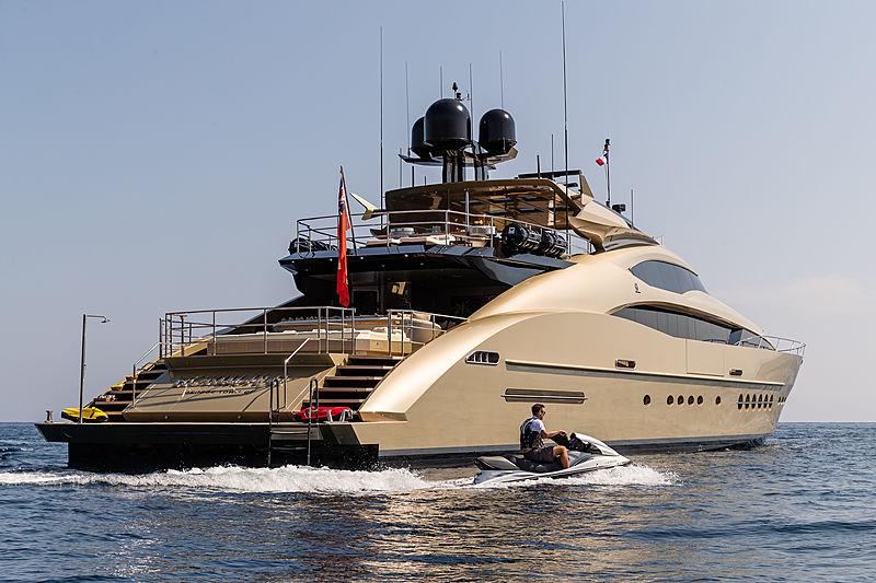 Hokulani yacht anchored