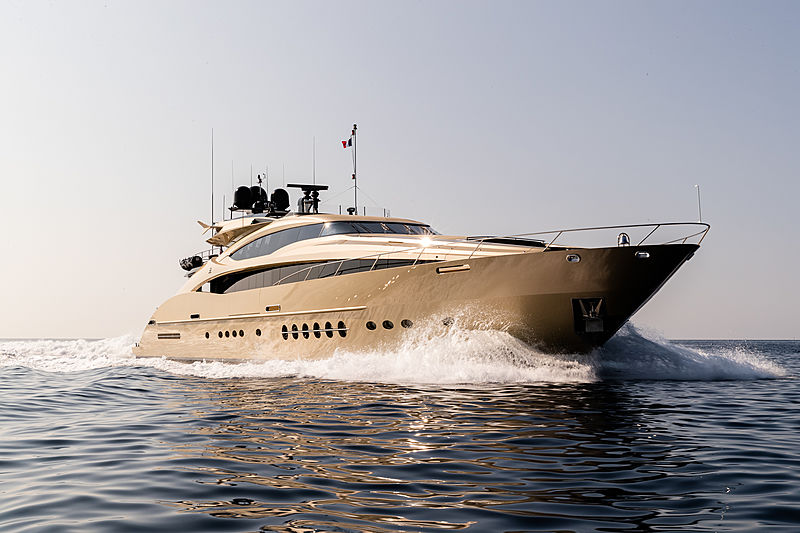 Hokulani yacht cruising