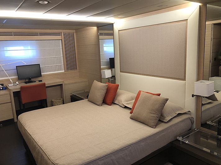 Framura 3 yacht stateroom
