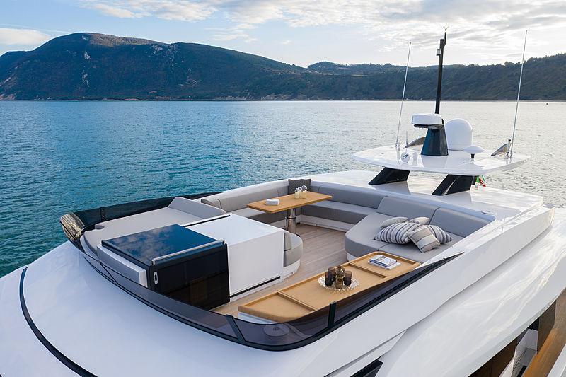 Ohana yacht flybridge