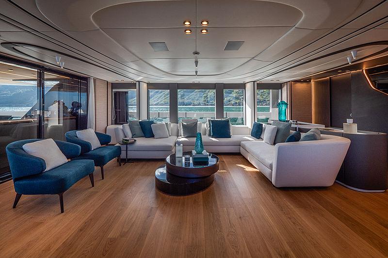 Ohana yacht saloon