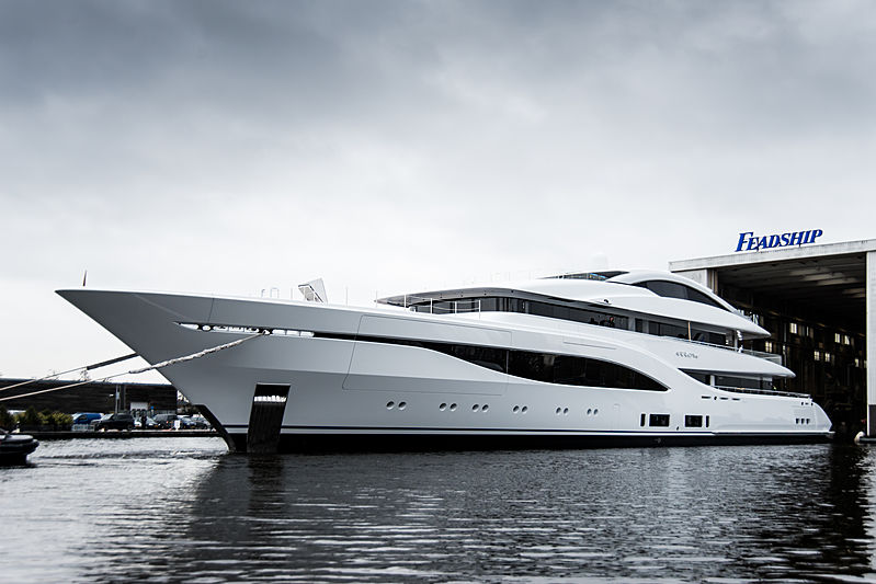 75m Feadship 703 Arrow yacht launch
