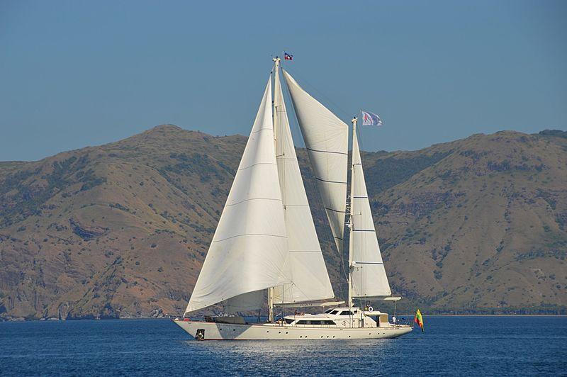 Clan VI yacht exterior