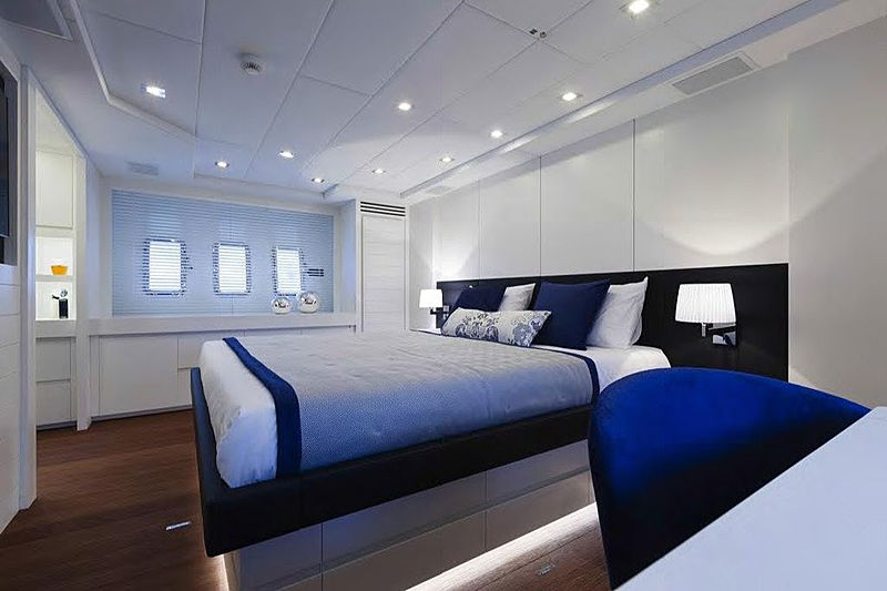 Toy yacht stateroom